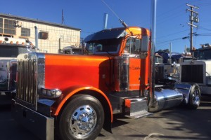 1998 Peterbilt 379 Extended Hood Single Axle