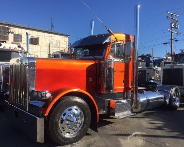 Custom Single Axle Trucks : Peterbilt exhd single axle show truck