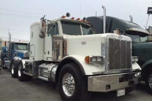 Heavy Haul Pete 379 with DPF