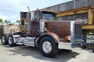 1996 Peterbilt 378 Heavy Haul Daycab!