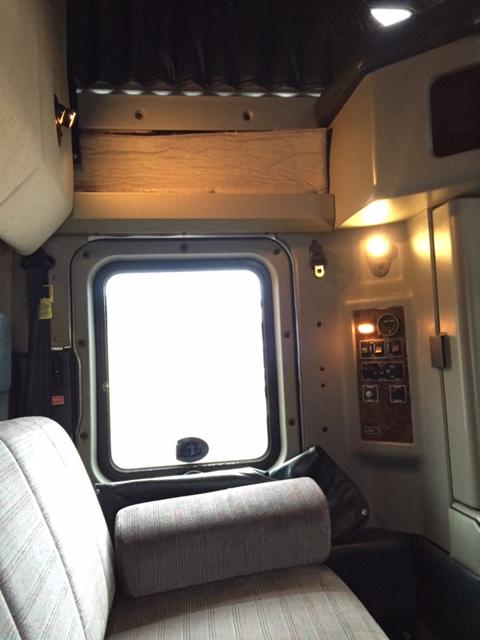 Cabover Trucks For Sale >> 1998 Kenworth W900L 80″ Sleeper with APU Fridge, Sofa ...