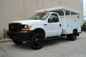 01 Ford F-450 Utility Body One Owner!