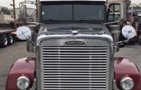 Freightliner05Frnt