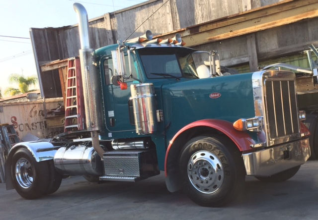 Emission Compliant Peterbilt 379 Exhd Single Axle Daycab With Pto