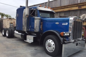 "1992 Peterbilt 379 EXHD, 48"" Flattop Sleeper!"