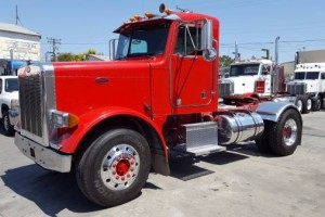 2000 Peterbilt 379 Single Axle Daycab with DPF