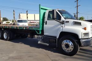 Very Clean 05 GMC 24' Flatbed Dump truck!