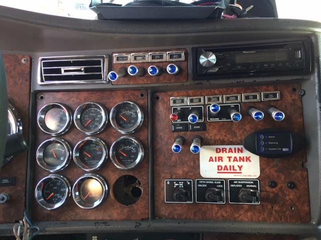 Emission Compliant 2005 Kenworth W900 Studio Sleeper