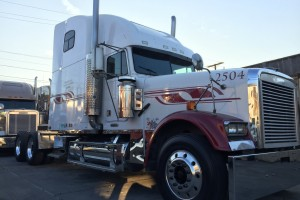 2000 Freightliner Classic with DPF!