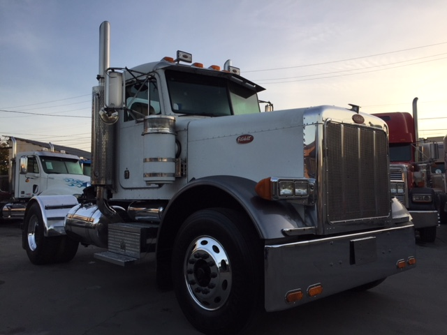 2005 Peterbilt 379 Single Axle Daycab Truck Sales Long Beach Los