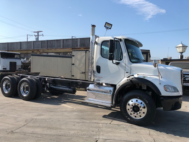 Heavy Spec 2012 Freightliner M2 Business Class Cab/Chassi