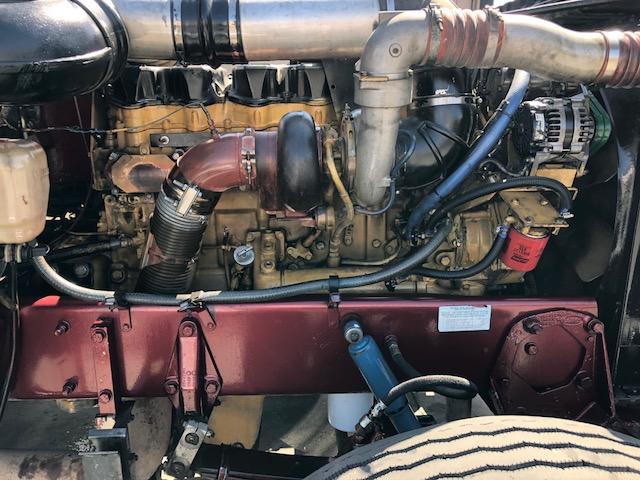 1997 Peterbilt 379 exhd Single Axle Daycab