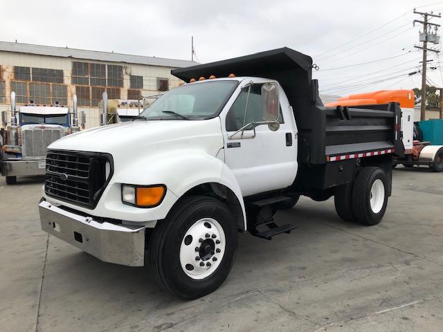 2000 Ford F650 3/5 Yard Dump Truck!